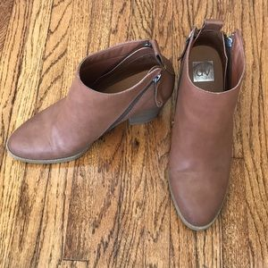 The perfect brown boot!
